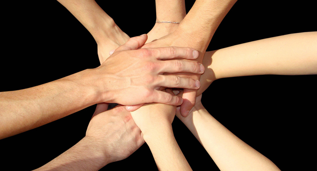 team_hands